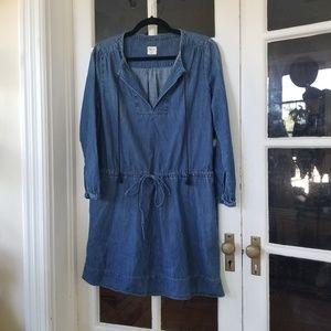 🆕️ GAP - Classic Denim Dress